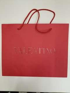 """Valentino 大紙袋16""""x13""""x5.5"""" (最後一個)"""