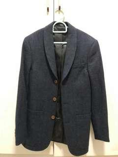 Blazer in Navy Blue with Brown Button (rough outer feel)
