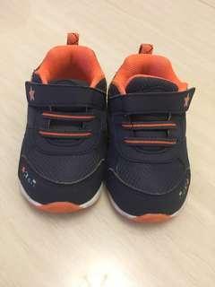 DR.Kong22码男仔鞋