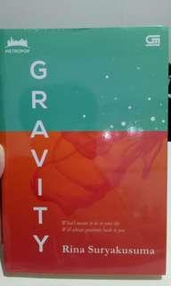 Novel Metropop Gravity by Rina Suryakusuma