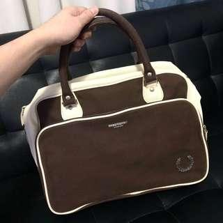 Fred Perry vulcanised holdall for only PHP5,500