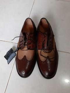 Massimo Dutti Wingtip Leather