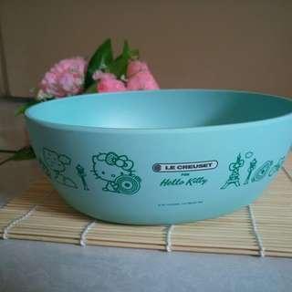 全新   Hello Kitty 法國風造型餐碗 竹纖維材質  橢圓形薄荷綠餐碗 1060ml