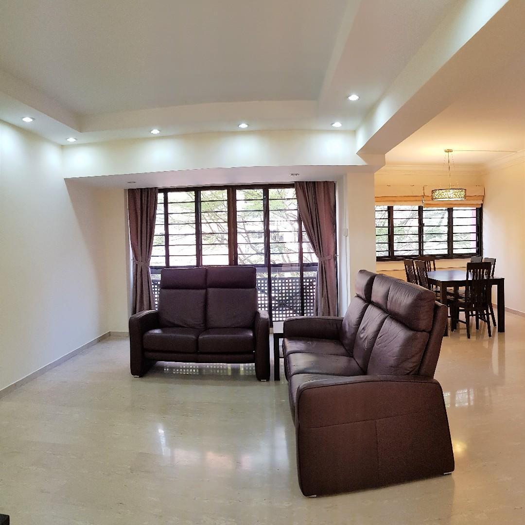711 Tampines Street 71 HDB 5'i' FOR SALE! SPACIOUS LIVING SPACE AT 119SQM, WITH 3 SPACIOUS BR
