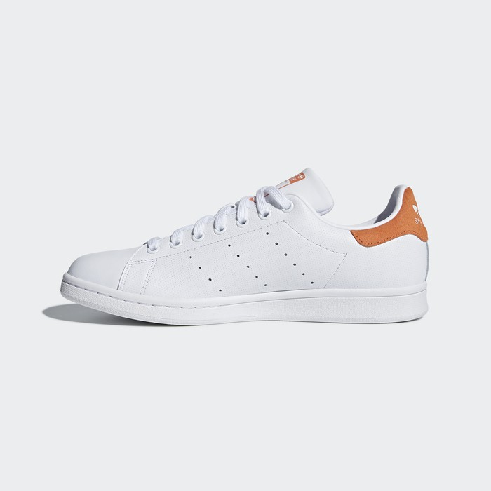online retailer 91f24 96ba7 ADIDAS STAN SMITH ORANGE CQ2207, Luxury, Shoes on Carousell