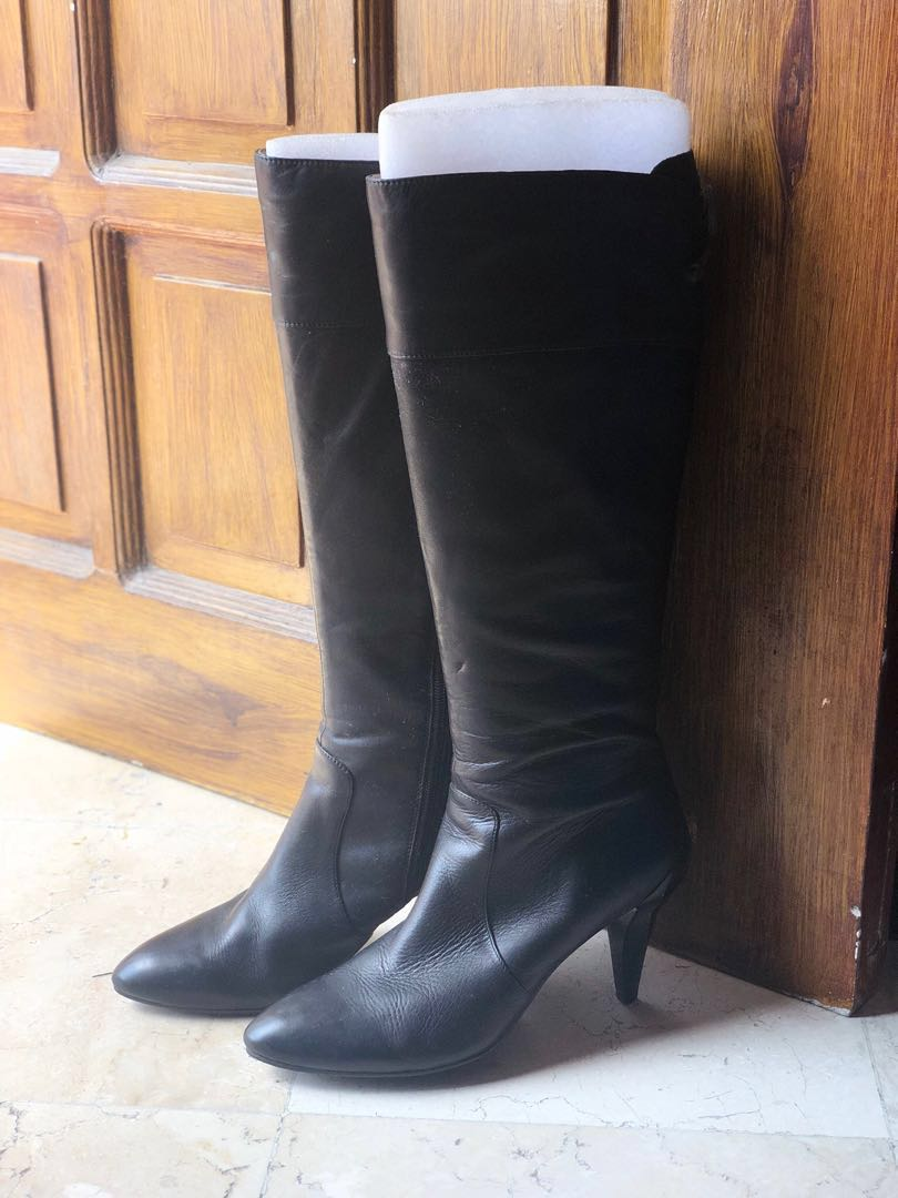 244cf093d6d7 AUTHENTIC STACCATO LEATHER BOOTS