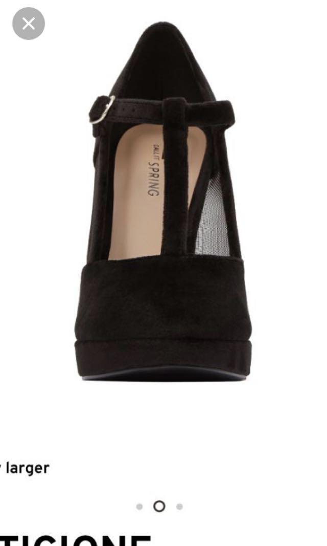Black heels size 6.5/7