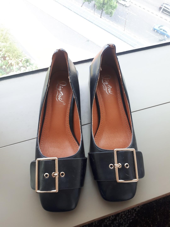 Black Shoes heels kotak SALE SALE!