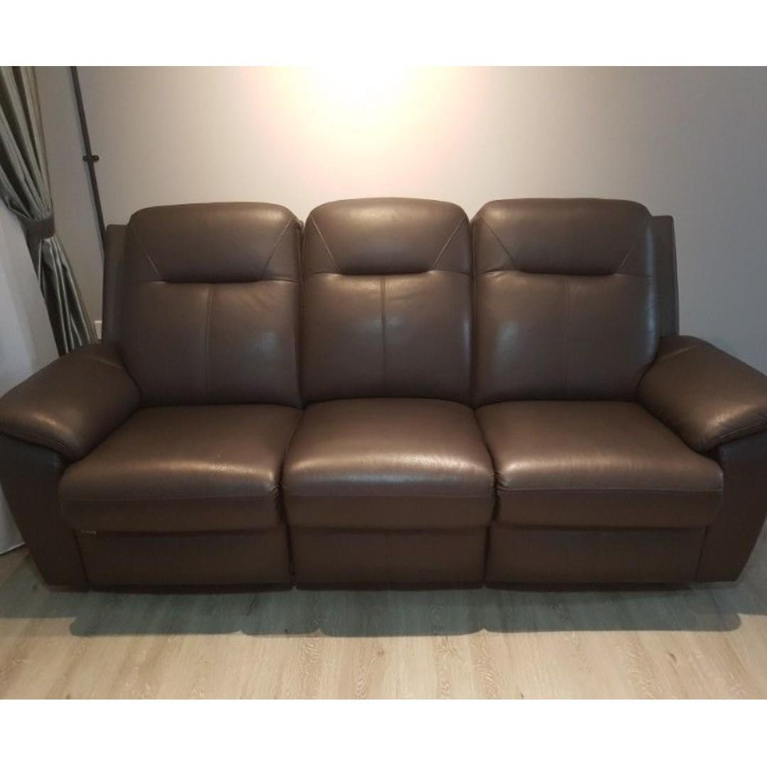 King Living 3 2 Recliner Leather Sofa