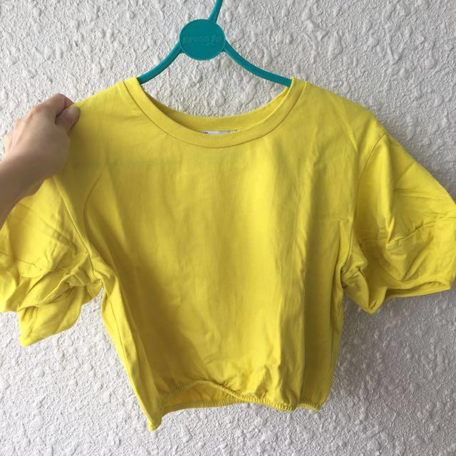 3d5674396873c Zara yellow crop top
