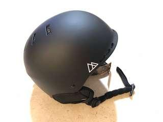 BNWT Retrospec Traverse Snowboard / Ski Helmet