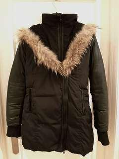 Mackage look alike down filled winter coat with leather sleeves!