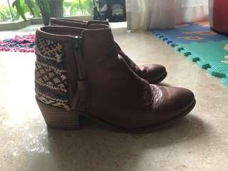 Pre loved bohemian leather booties