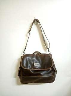 🚚 正品MIRYOKU®真皮三背斜背包 後背包 側背包 手提包
