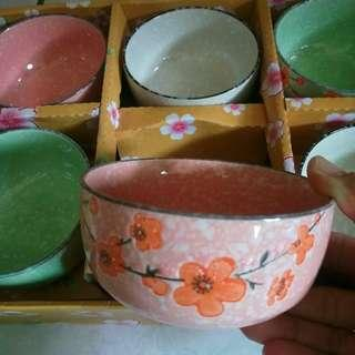 🌸梅花三弄 雪花陶瓷碗  飯碗  麵碗  粉/翠綠/米白 3色 整盒販售
