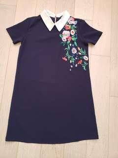 Embrodiery navy dress