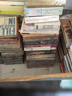 Preloved Books 🖤