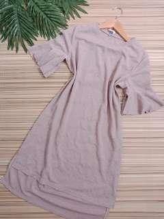 Nude bellsleeves dress