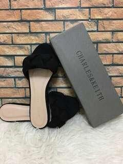 Sandal Charles & Keith (NEW-NEGO TIPIS)