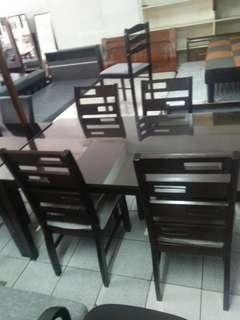 6 seater dining table with glass