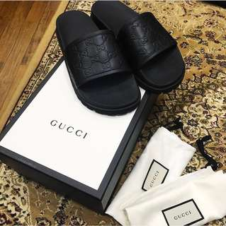 20c2655f2fd Gucci slides leather monogram