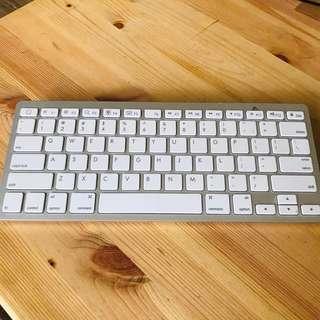 Apple Inspired Wireless Keyboard