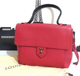 [BRAND NEW] Louis Vuitton LockMe