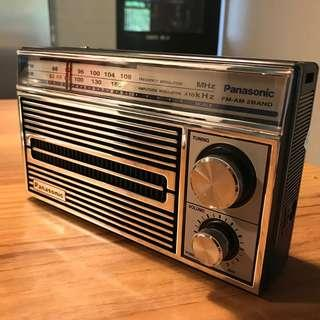 🚚 BRAND NEW - GENUINE PANASONIC PORTABLE RADIO in VINTAGE DESIGN