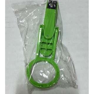 🚚 《全新品》放大鏡指甲剪 (綠色)