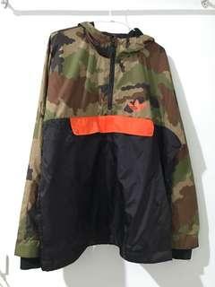 🚚 Adidas OG 黑橘迷彩衝鋒衣