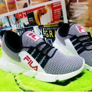 Sneakers booth but sepatu FL01