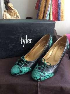 Tyler size 5 1/2