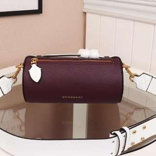 Burberry bag Leather material Classic style bag