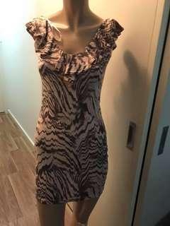 Size Small Patterned Dress New With Tag
