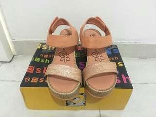 Sepatu Sandal Gosh