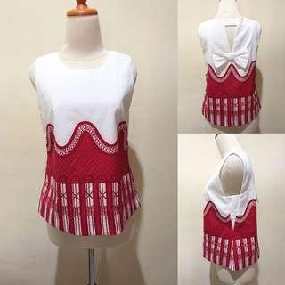 Sleeveless white combine red top