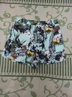 Celana pendek katun size S