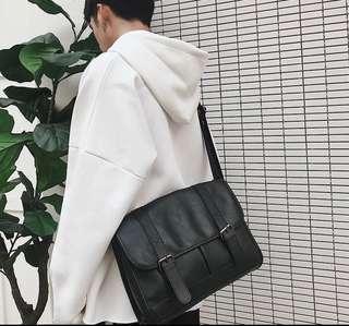韓式作風 衝量特價 貨量爆少 韓風側背包