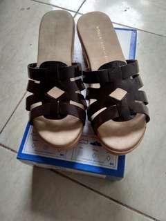Sepatu baru yongki size 37