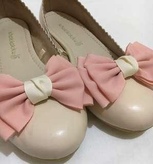 Khakikakiku Gigi ann cream flat shoes 37