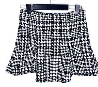 Forever 21 sz XS/S black white houndstooth tweed knit women flare skirt casual