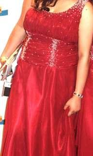 👸🏼Formal long gown for rent