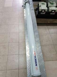 Lav screen 99%new  2 meter