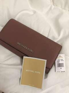 Michael Kors Wallet - Dusty Rose (authentic) - Price reduced - 160 SGD