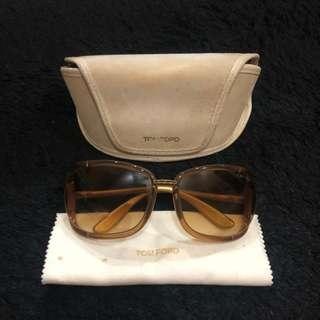 Tom ford sunnies with box