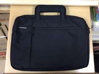 十二吋電腦袋  (全新)加送一個二手電腦袋