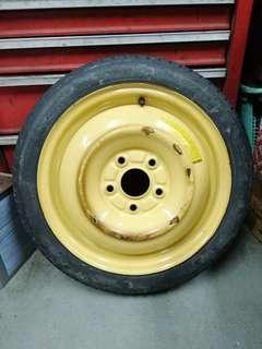 Honda Civic FD1 spare tyre
