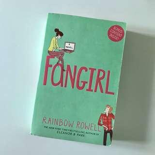 👉 fangirl by rainbow rowell 👈