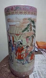 Porcelain Vase for storage
