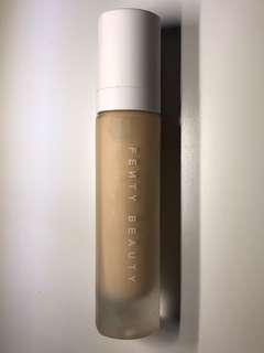 Fenty Beauty - Foundation in 180